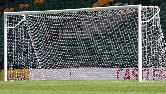 Δίχτυ ποδοσφαίρου 3.00x2.00x0.80x1.50 (2.5mm) RAMOS