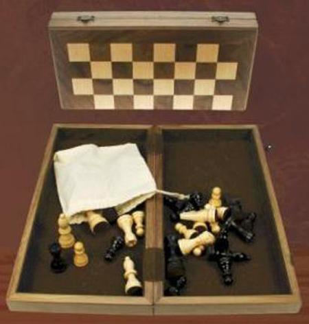 Ξύλινο Σκάκι Καρυδιά Ταξιδιού 26 Χ 26 cm