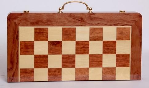 Τάβλι - σκάκι  βαλίτσα Deluxe με ξύλινα πούλια και πιόνια