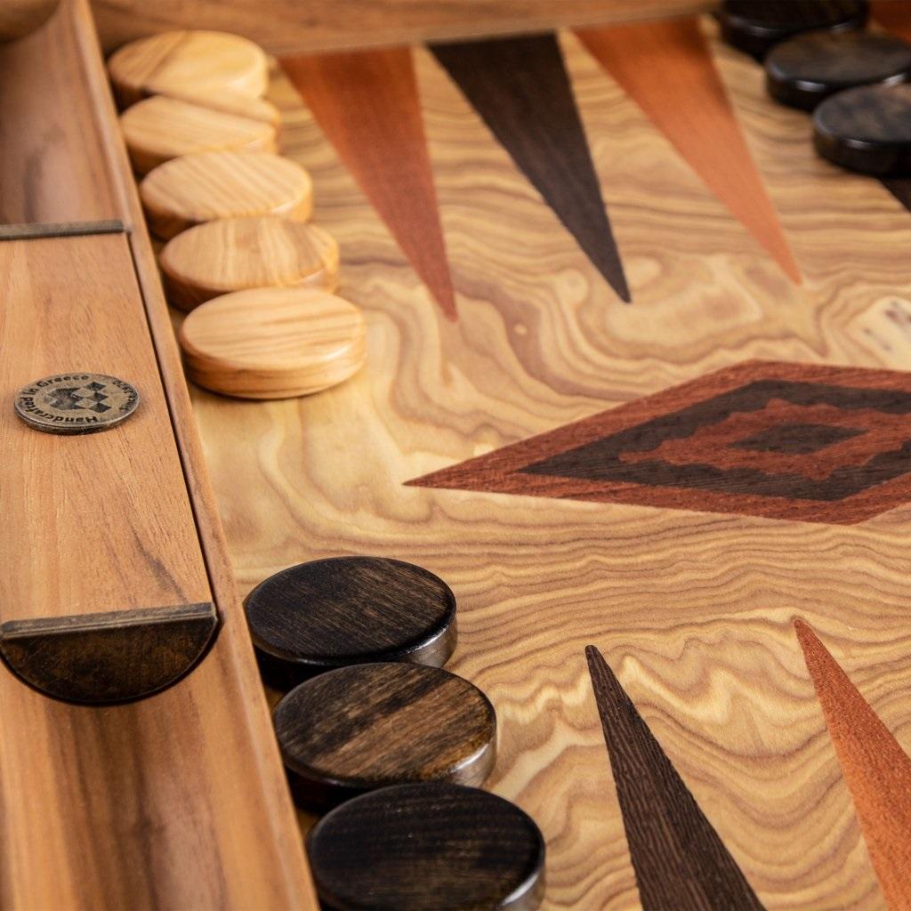 Χειροποίητο τάβλι 38 x 54cm από φυσικό ξύλο ελιάς MANOPOULOS BEE2