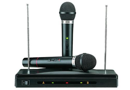 Συσκευή Karaoke με Δύο Ασύρματα Μικρόφωνα wireless AT-306