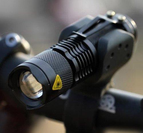 Μίνι αδιάβροχος φακός CREE LED  5000 lm ρυθμιζόμενη εστίαση ζουμ και στήριγμα BAILONG BL8468