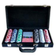 Βαλίτσα δερματίνη μαύρη 300 μάρκες καζίνου & 2 τραπούλες DELUXE